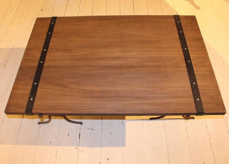 Wood Cocktail Table In Good Condition For Sale In New Preston, CT