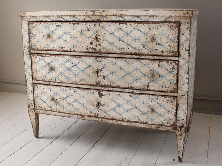 19th Century French Decoratively Painted Chest For Sale 4
