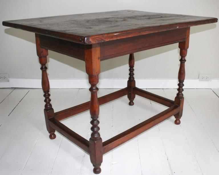 18th Century and Earlier 18th Century American Oak Tavern Table For Sale