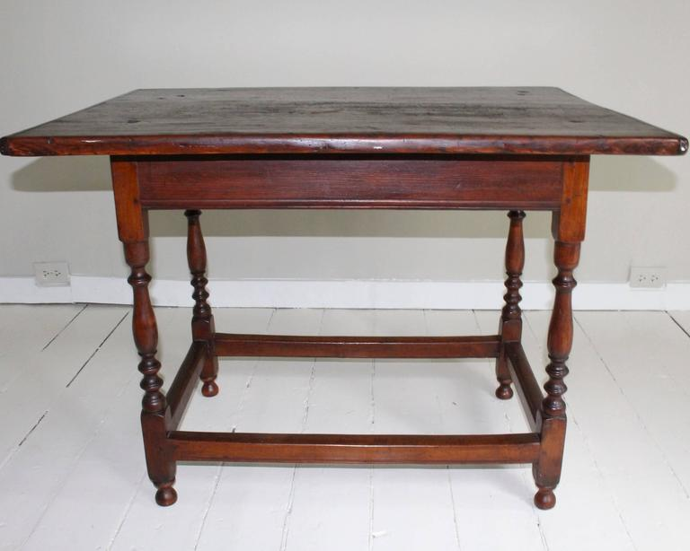 18th Century American Oak Tavern Table In Good Condition For Sale In New Preston, CT