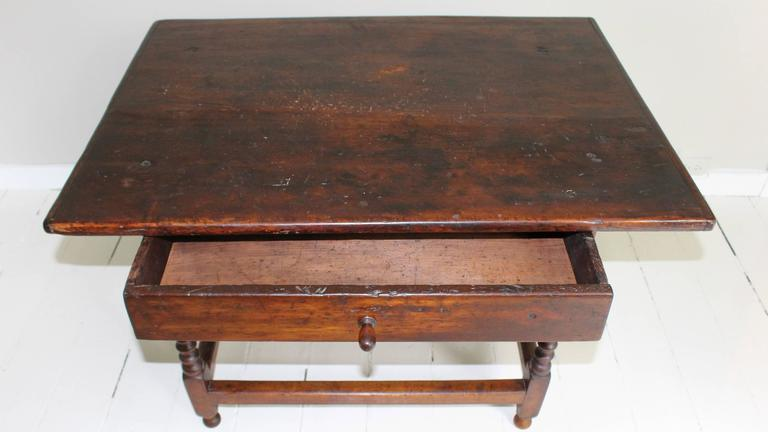 18th Century American Oak Tavern Table For Sale 3