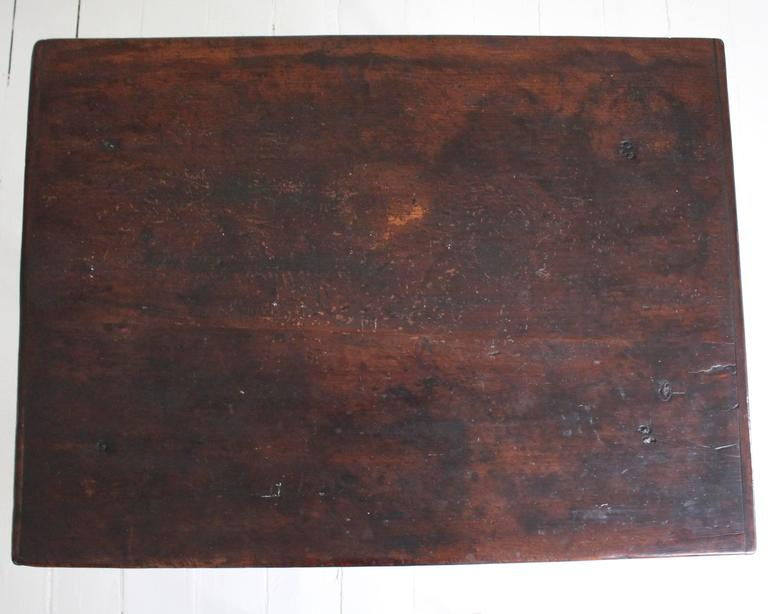 18th Century American Oak Tavern Table For Sale 5