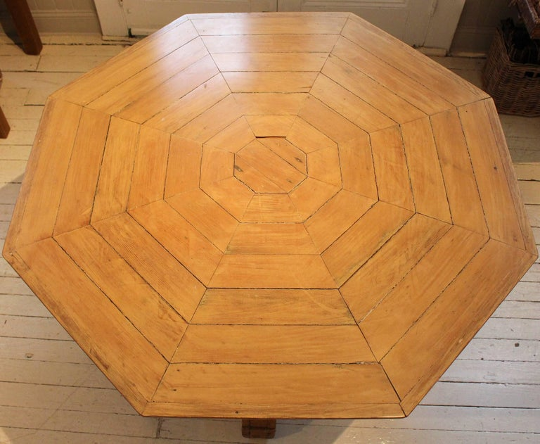 American 19th Century Folk Art Center Table For Sale