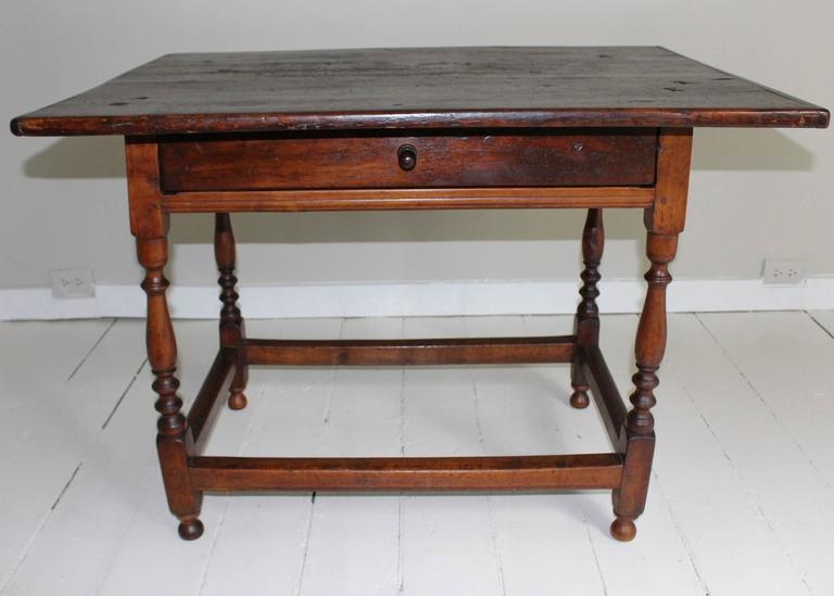 18th Century American Oak Tavern Table For Sale 6