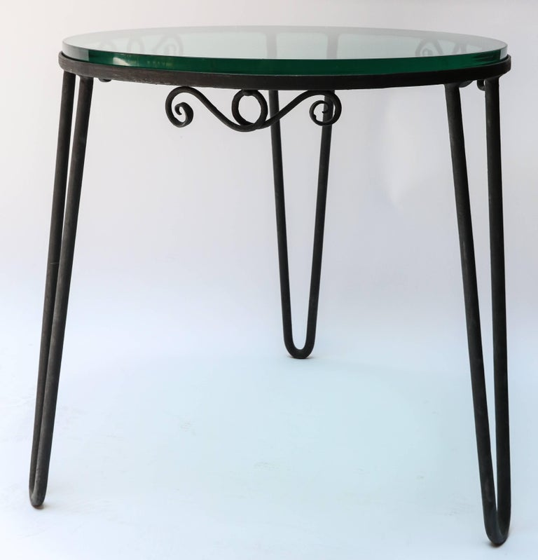 Mid-Century Modern Round Metal 1960s Italian Side Table with Glass Top For Sale