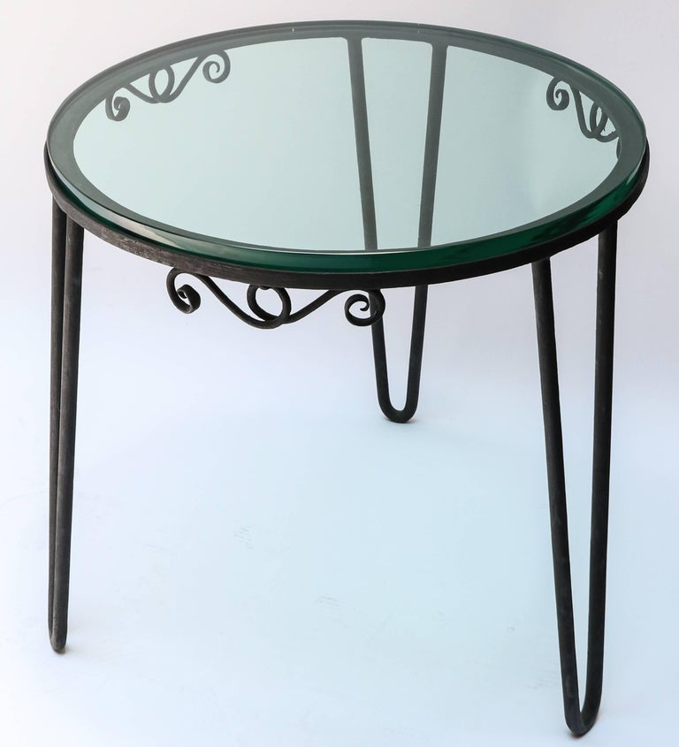Round Metal 1960s Italian Side Table with Glass Top In Good Condition For Sale In Los Angeles, CA