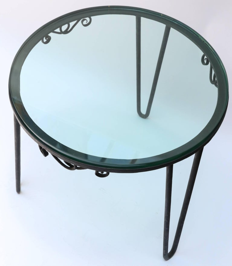 Round Metal 1960s Italian Side Table with Glass Top For Sale 1