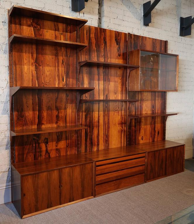 1960s Adjustable Brazilian Jacaranda Wood Shelving Unit For Sale 1