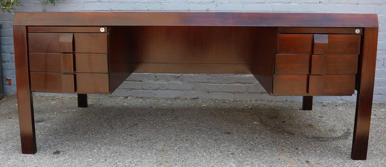 Mid-Century Modern Parquet 1960s Brazilian Jacaranda Desk by Jean Gillon For Sale