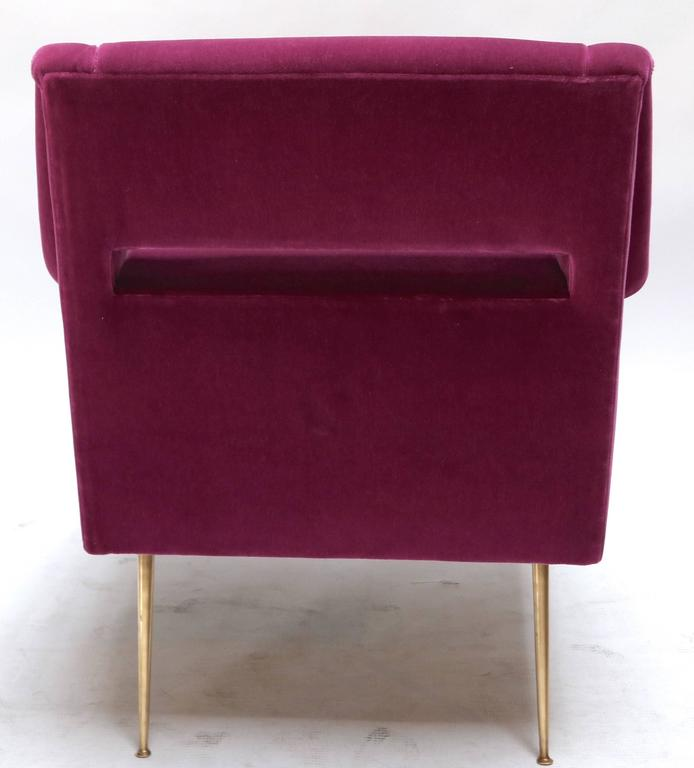 Mid-Century Modern Pair of Custom 1960s Italian Style Armchairs in Fuchsia Mohair For Sale