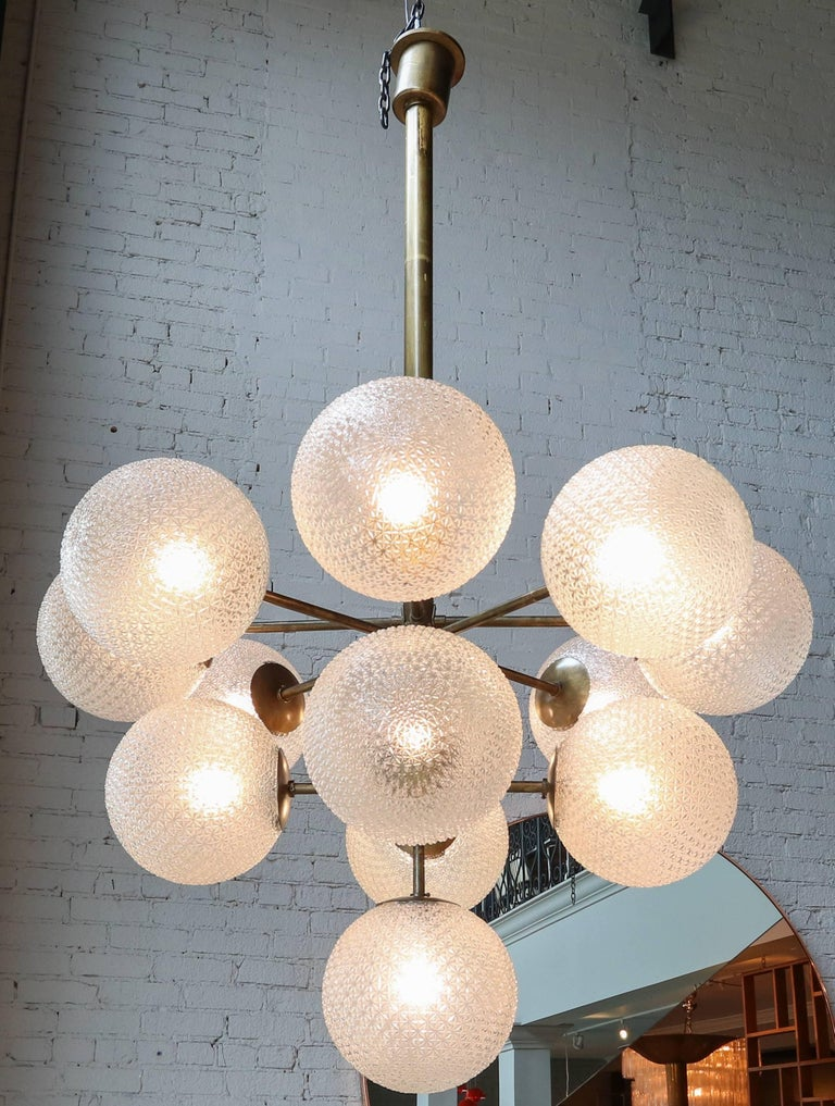Mid-Century Modern Large Brass Chandelier with Pebbled Glass Balls For Sale