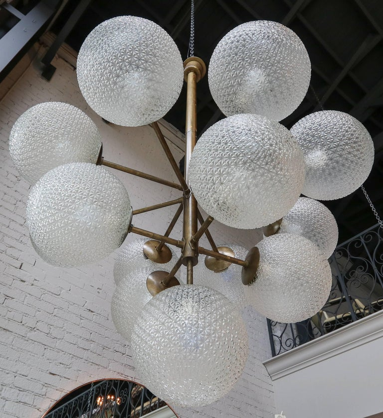 Late 20th Century Large Brass Chandelier with Pebbled Glass Balls For Sale