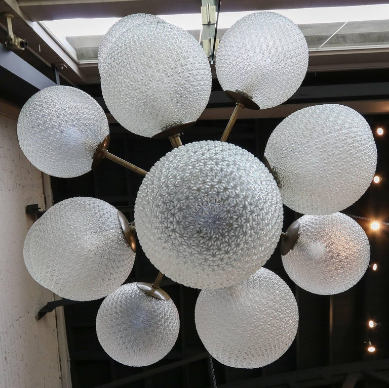 Large Brass Chandelier with Pebbled Glass Balls For Sale 1