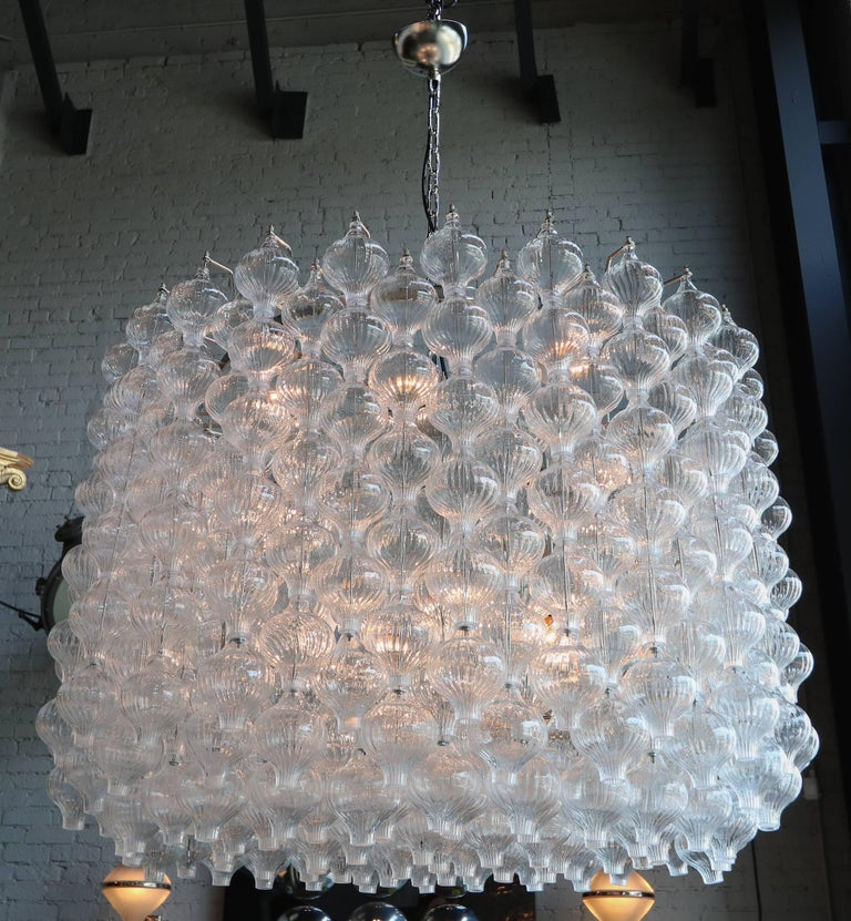 Late 20th Century Murano Glass 1980s Tulip Drum Chandelier For Sale