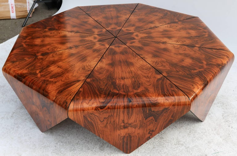 Petalas coffee table by Jorge Zalszupin from the 1960s in beautiful Brazilian jacaranda wood in octagon shape.