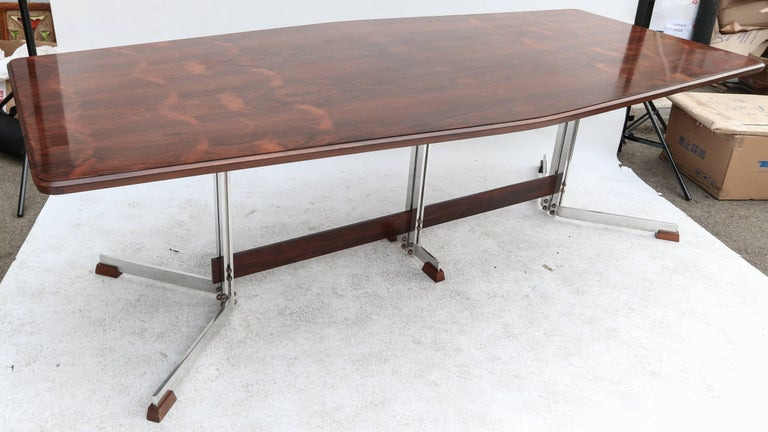 Mid-Century Modern Brazilian Jacaranda 1960s Dining Table for Eight by Liceu de Artes For Sale