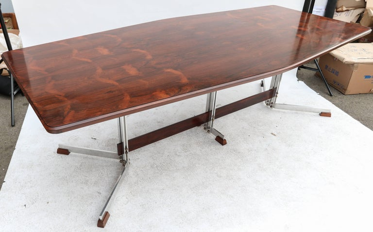 Brazilian Jacaranda 1960s Dining Table for Eight by Liceu de Artes For Sale 1