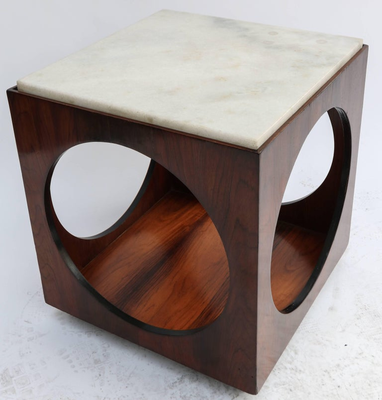 Pair of Novo Rumo Brazilian 1960s Jacaranda Wood Side Tables with Marble Tops For Sale 1