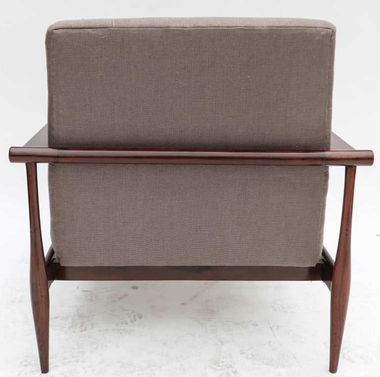 Pair of Liceu de Artes Brazilian Jacaranda 1960s Armchairs in Grey Linen In Good Condition For Sale In Los Angeles, CA