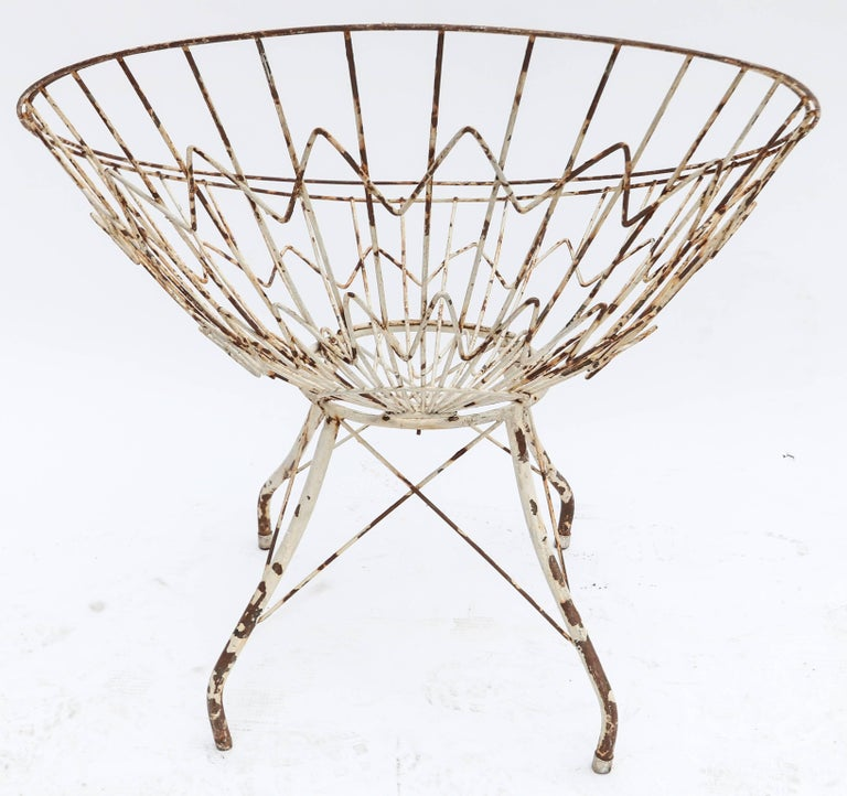 Pair of Round Metal Outdoor Garden Chairs For Sale 1