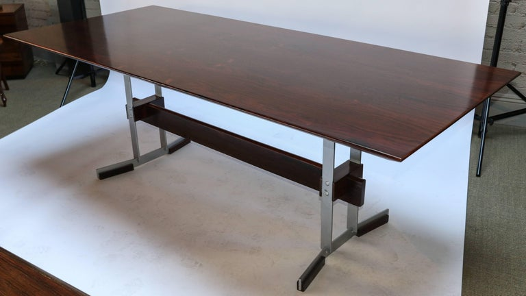 Metal 1960s Brazilian Jacaranda Dining Table and Chairs Attributed to Zalszupin For Sale
