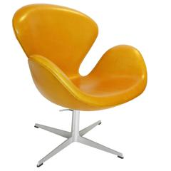 Early Rare Adjustable Swan Chair by Arne Jacobsen in Golden Tan Leather