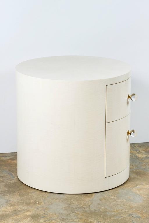 Italian-Inspired 1970s Style Round Nightstand 3
