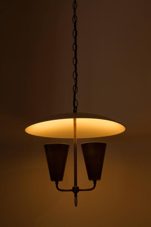 Mid-Century Lightolier Style Brass Pendant In Excellent Condition For Sale In Los Angeles, CA
