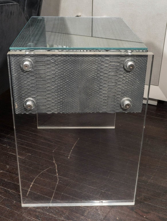 Pair of Gunmetal Gray Python Nightstands with Lucite Side Panels In Excellent Condition For Sale In New York, NY