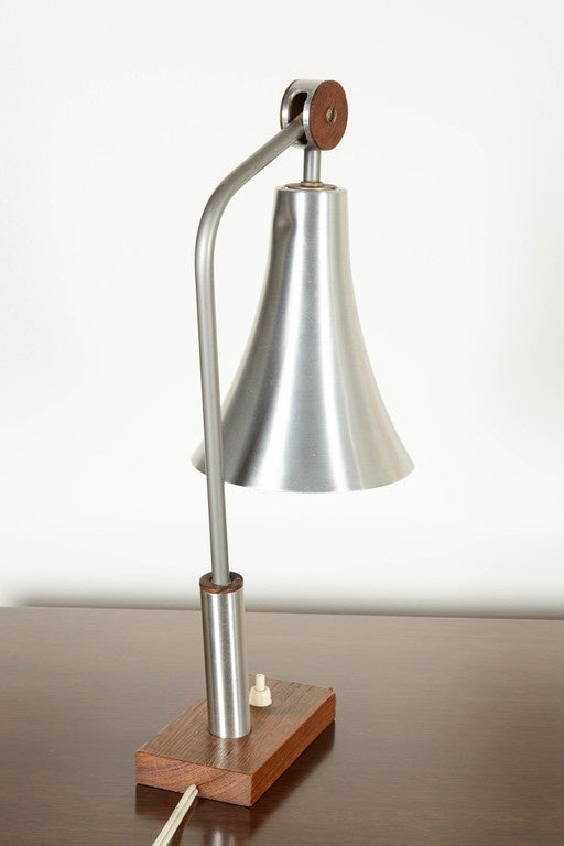 how to make a adjustable lamp