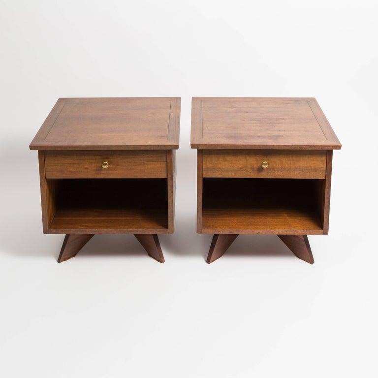 American Pair of George Nakashima Walnut Bedside Tables, Mfg. Widdicomb For Sale