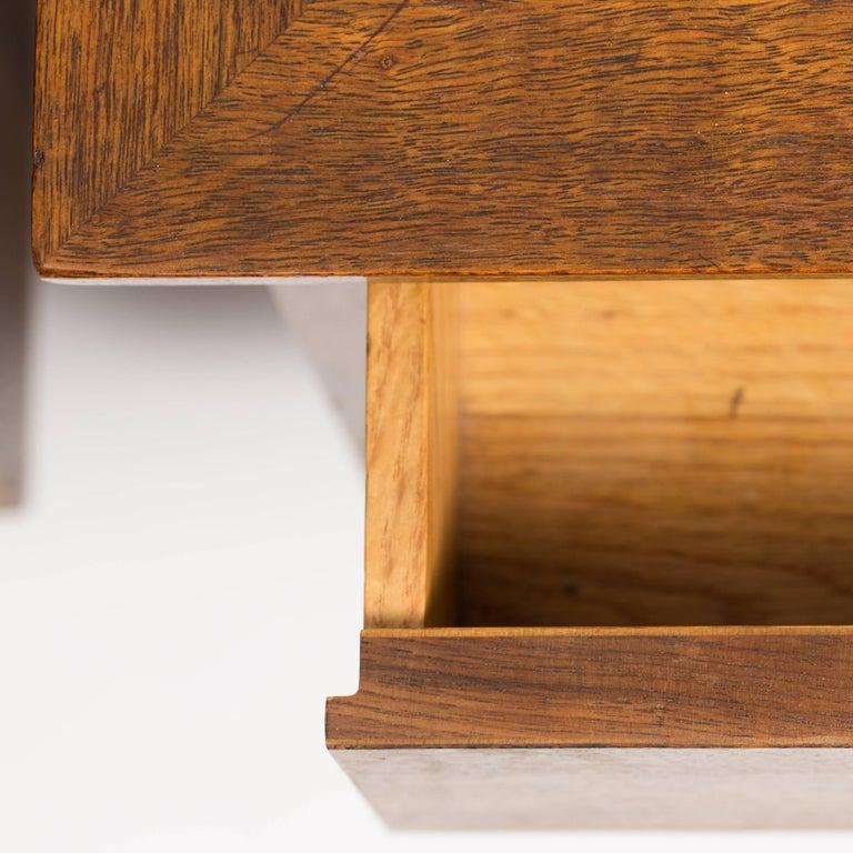 Mid-20th Century Pair of George Nakashima Walnut Bedside Tables, Mfg. Widdicomb For Sale