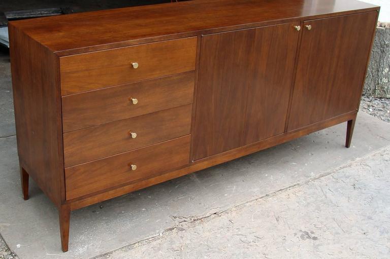Superb Paul McCobb Dresser for Calvin For Sale 4