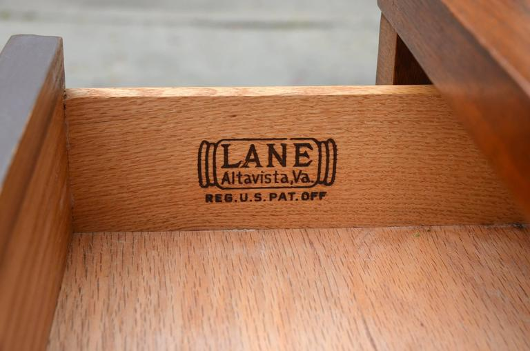 Pristine Polished Walnut Dresser by Lane In Excellent Condition For Sale In Los Angeles, CA