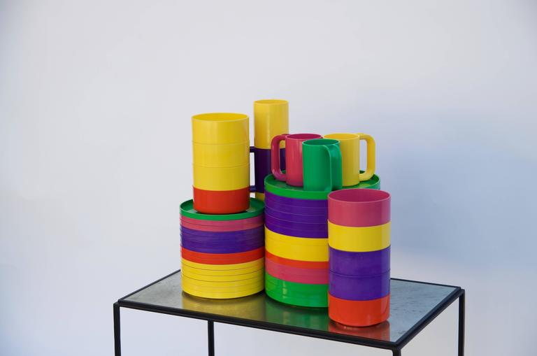 Large Set Of Staking Tableware By Massimo Vignelli For Heller Design