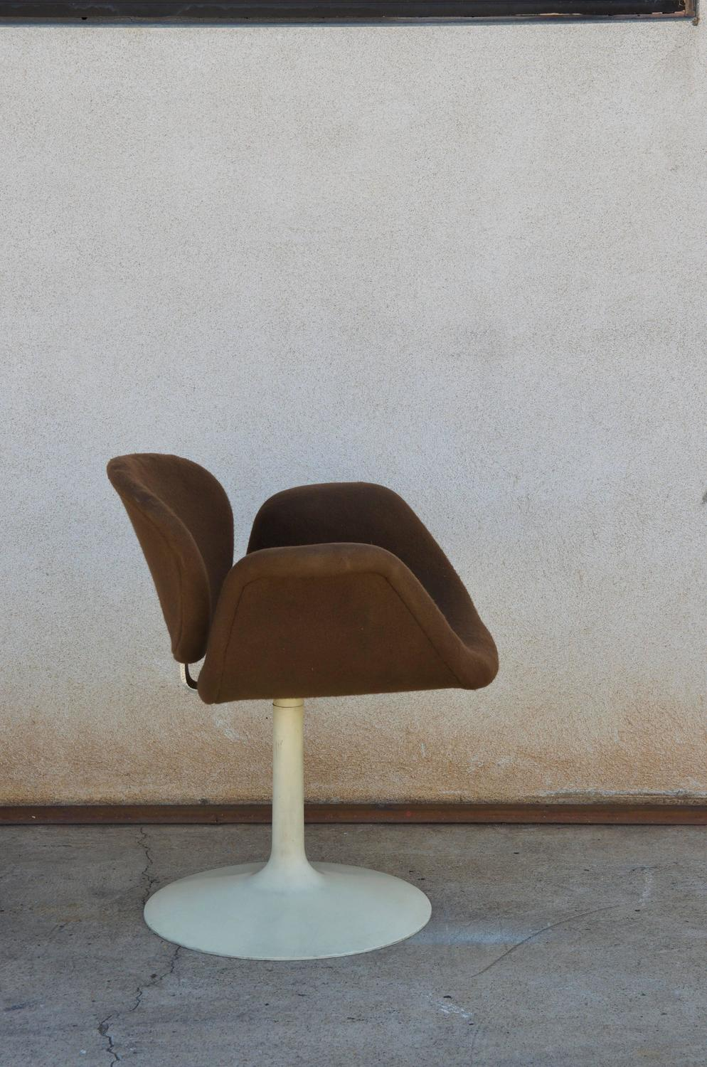Pair of original little tulip chairs by pierre paulin for artifort for sale at 1stdibs - Tulip chairs for sale ...