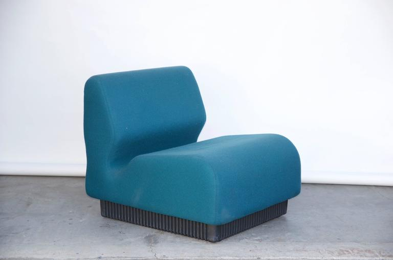 Modular Settee by Don Chadwick for Herman Miller In Good Condition For Sale In Los Angeles, CA