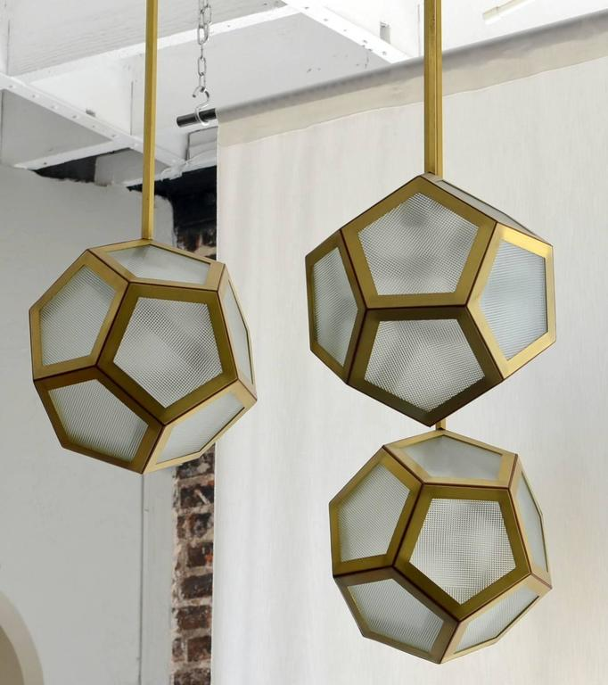 American Large Cluster Chandelier of Three Pentagone Lanterns by Design Frères For Sale