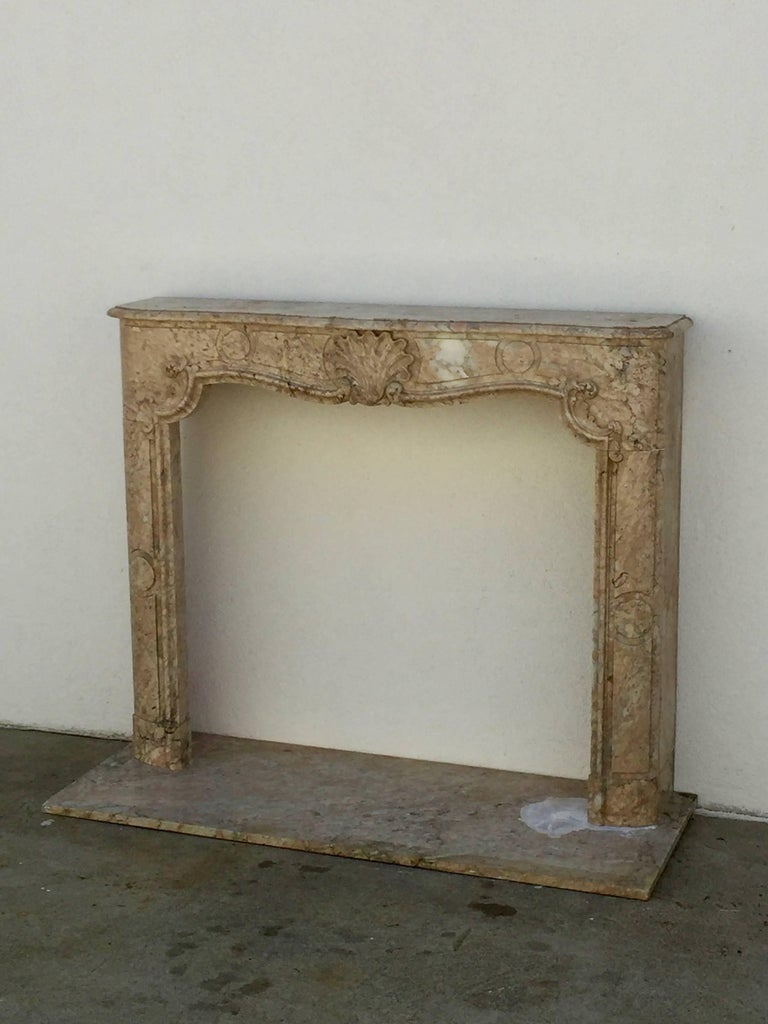 Stunning Louis XV French Marble Mantel In Excellent Condition For Sale In Los Angeles, CA