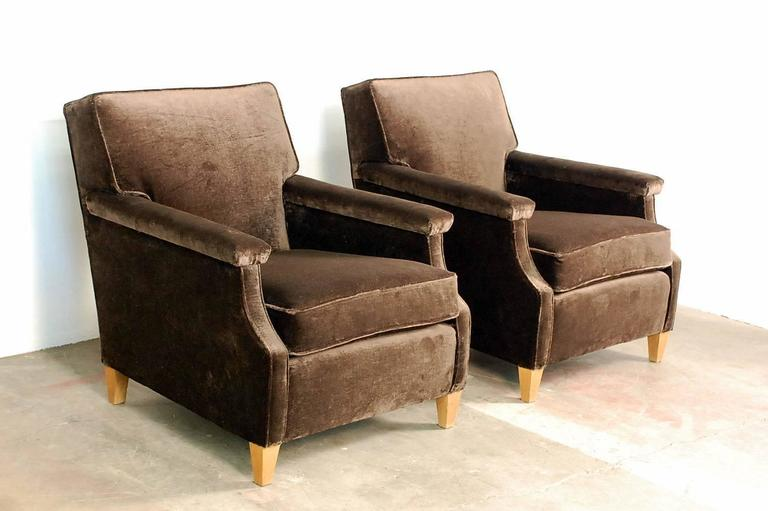 Chic Large French 1950s Sofa by Maison Leleu For Sale 2