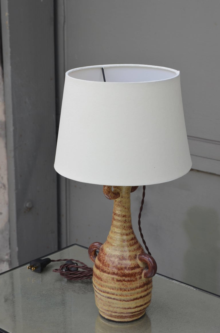 Chic French Gourd-Shaped Glazed Ceramic Lamp by Accolay Pottery, France In Excellent Condition For Sale In Los Angeles, CA