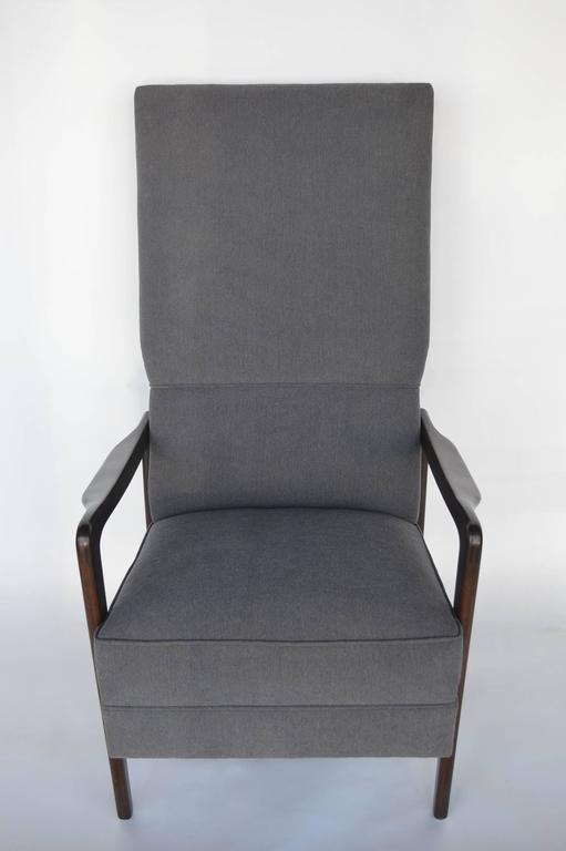 Mid-Century Modern Pair of Italian Armchairs For Sale