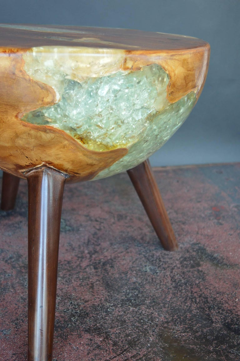 Pair of Wood and Resin Side Tables For Sale 1