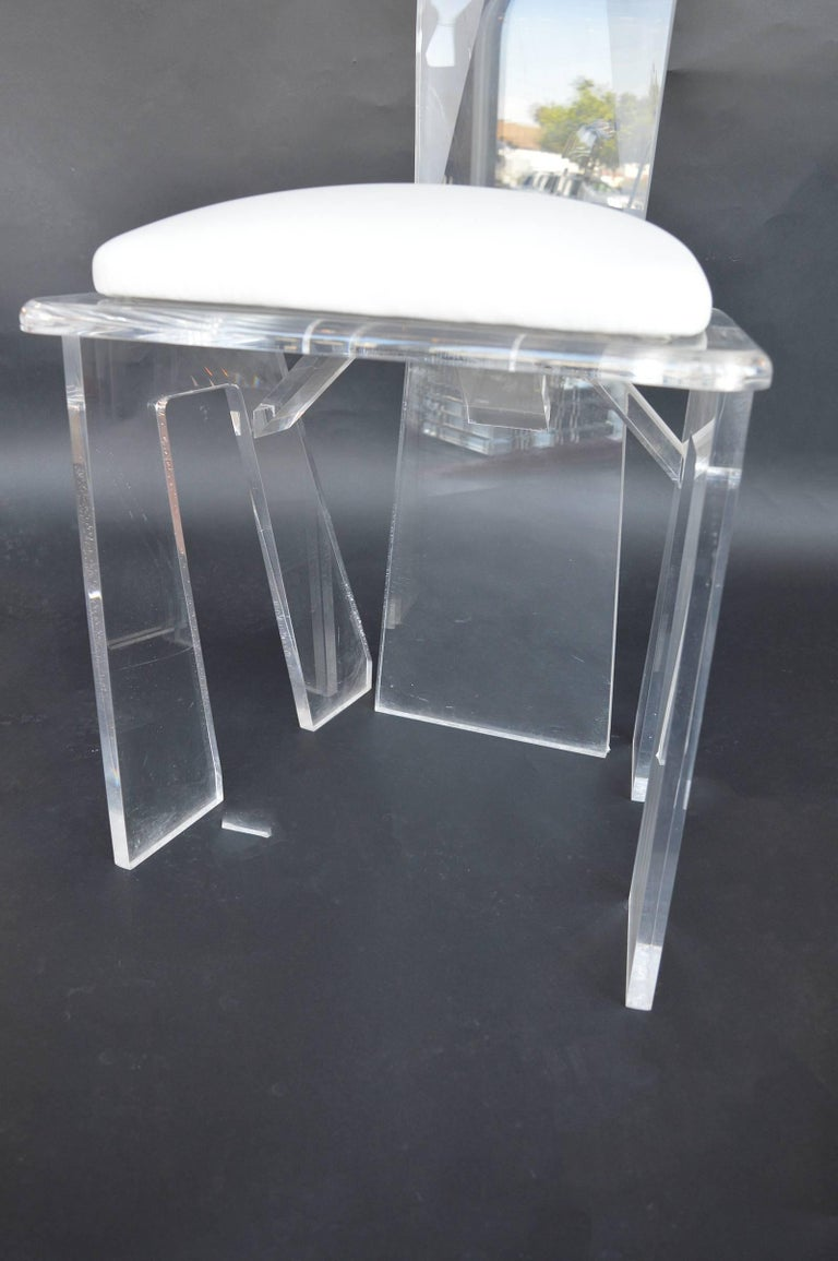 Set of Eight Lucite Dining Chairs In Excellent Condition For Sale In Los Angeles, CA