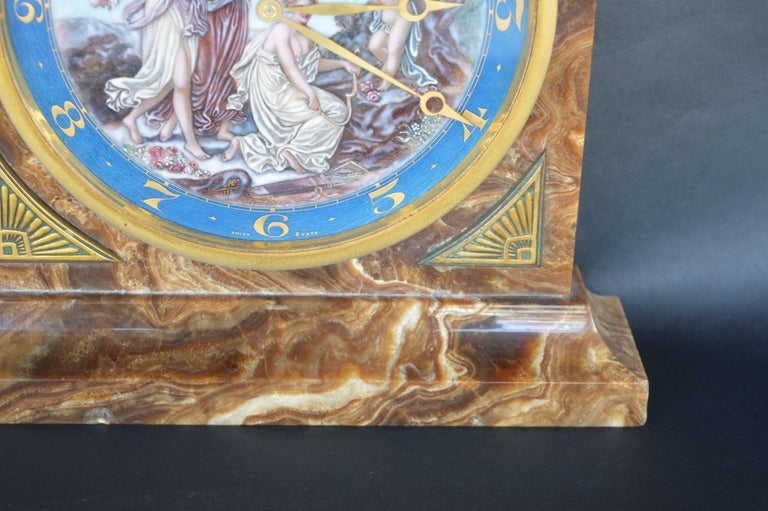 Art Deco Onyx Clock In Excellent Condition For Sale In Los Angeles, CA