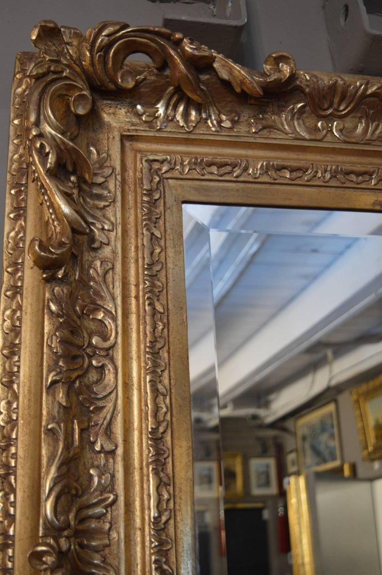 18th Century Gilded Mirror In Excellent Condition For Sale In Los Angeles, CA