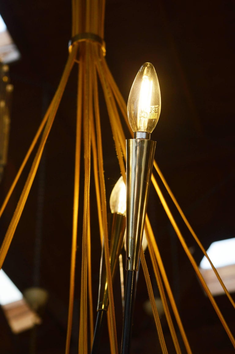 Brass Sputnik Chandelier In Excellent Condition For Sale In Los Angeles, CA