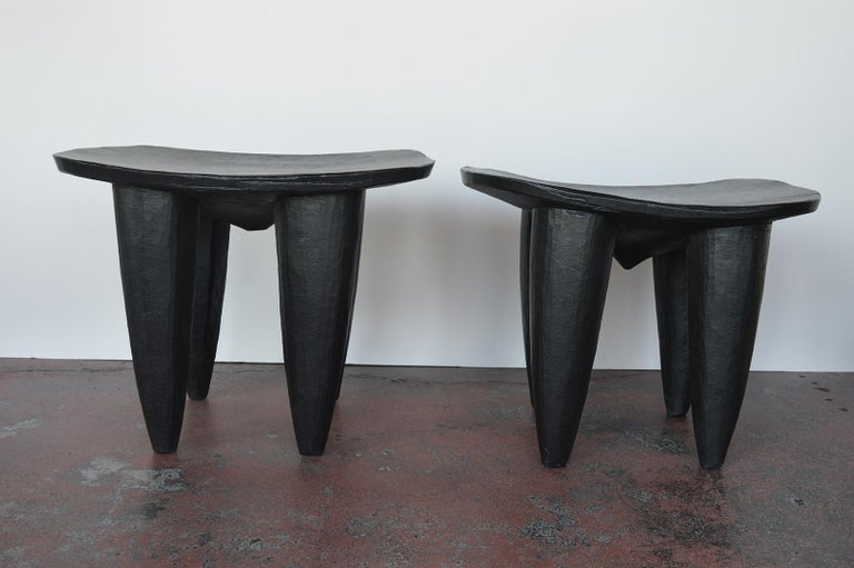 Mid-Century Modern Set of Two african Midcentury Wooden Side Tables For Sale