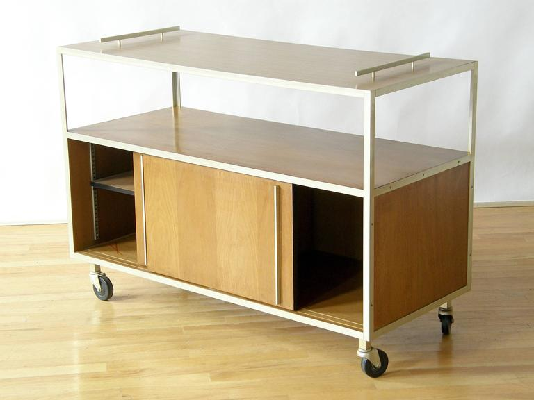 Mid-Century Modern 1950s Serving Cart For Sale