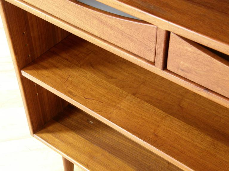 Jens Risom Bookcase with Drawers For Sale 2